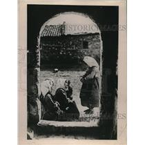 1923 Press Photo Macadonian Orphan Children Having a Good Conversation