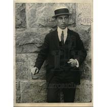 1922 Press Photo Fingerprint expert Ray Hill at New Rochell, NY - nex08571