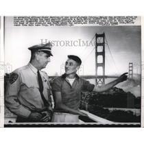 1960 Press Photo daredevil Smiley arrested for climbing Golden Gate Bridge