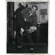 1937 Press Photo Reporter Jerry Bamlow Tossed Around By Wrestler King Chewaki