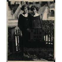 1922 Press Photo Hoany Sisters Marguerite and Ellen of brooklyn New York