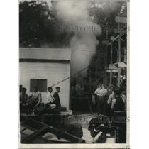 1923 Press Photo Columbia District Firemen undergo poisonous Smoke Test.