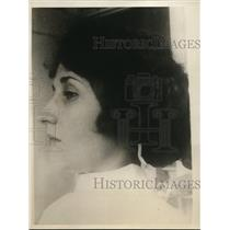 1925 Press Photo Actress Margaret Quimsby before nose operation.