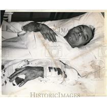 1941 Press Photo John Lubniewski Recovering From Injury