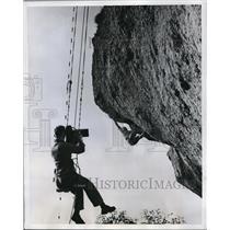 1960 Press Photo Camerman M Bastin films climber J Lecomte in Belgium