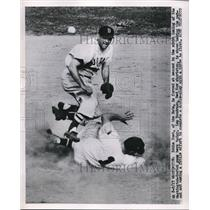 1951 Press Photo Eddie Yost of the Nats out at 2nd vs Red Sox Lou Boudreau