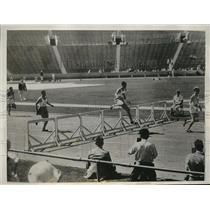 1932 Press Photo Morgan Taylor wins 1st heat of 400meters at LA Olympics