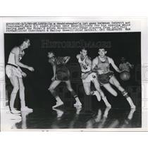 1960 Press Photo Piston Gene Shue,B Howell vs Royals P Jordan,A Bockhorn