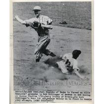 1948 Press Photo Yankee Phil Rizzuto out vs Browns Bob Dillinger - nes19040