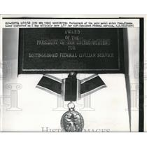 1958 Press Photo Distinguished Federal Civilian Service Award
