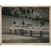 1922 Press Photo Harvard Crimson Victorious Over Yale at Harvard Track Meet