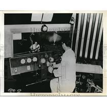 1941 Press Photo Walker awaits for the Meyers signal for a propeller test run