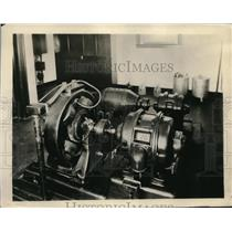 1925 Press Photo Motor generators for transmitting tubes in WJR