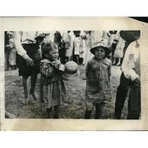 1927 Press Photo Children at Camp Hayes refugee camp in Miss from floods