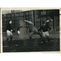 1937 Press Photo Ramsey of Graphite soccer vs Ricielinski