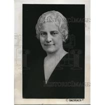 1933 Press Photo The new elected Pres. of the Woman's league is Miss Dennis