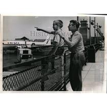 1961 Press Photo Emerson Batdorf and Son at Cleveland Hopkins Airport.