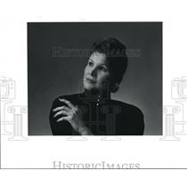 1990 Press Photo Fashion Profile: Hedi Cutter, clothes designer