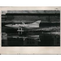 1953 Press Photo Fast airplane model at Langley Aeronautical Laboratory