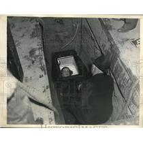 1935 Media Photo Gloria Graves in coffin burial stunt in LA Calif