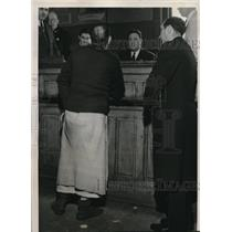 1939 Media Photo Chicago Nick Theophanis in Court Without Pants