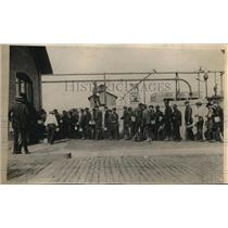 1925 Press Photo Men Lined Up In Front Of Mine In Pa.
