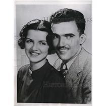 1937 Media Photo Cadet Williams Staggs, Grace Glasser