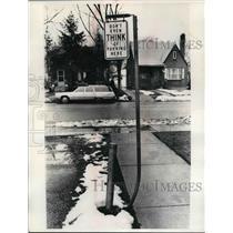 1975 Media Photo Special sign plat Detroit's St. Paul Memorial Church.
