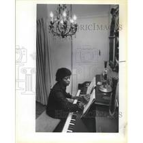 1981 Press Photo Margaret Carter American Pianist Joyous Sound Gospel Singers