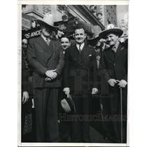 1935 Press Photo Texas Rangers Edward Meek Jr., Joseph V. Allred, Joseph Stein