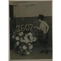 1920 Press Photo Miss Betty Blake - dancing for 2,000 days