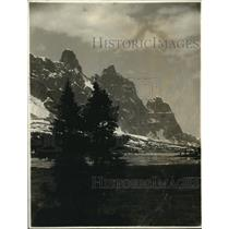 1923 Press Photo Geikie Mountain Range, Jasper National Park, Alberta Canada