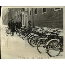 "1929 Press Photo Girls with Bikes new ""Bicycle Garage"" Smith College"