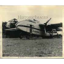 1962 Press Photo Jet Packet While Being Unloaded in Dutch Guiana