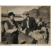 1919 Press Photo Actors Bob Leonard and Ella Hall in Film