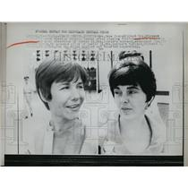 1966 Press Photo Space Center Houston Texas Mrs Jane Conrad and Mrs Richard