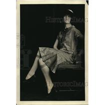 1925 Press Photo Frances Dale, Screen Star Wearing Ginham