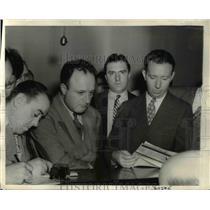 1941 Press Photo NYC Conradin Otto Dold at espionage trial Lt V Quinn