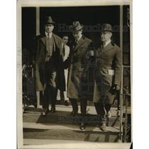 1916 Press Photo Dr Arthur Waite at Bellvue Hospital in custody for poisoning