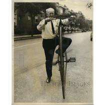 1927 Press Photo H K Oram on High Bike in Austin Near Chicago Illinois