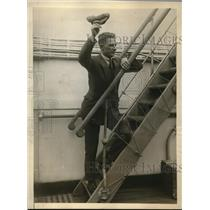 1925 Press Photo Alphonse Goosens aboard the SS Berengaria