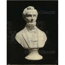 1919 Press Photo Sculpted bust of Abraham Lincoln