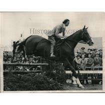 1936 Press Photo Mrs. JE Barker won the Ladies Hunter Class at the InterAmerican