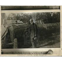 1924 Press Photo Joe Miller lived in an old Boiler in Gainsville,Fla