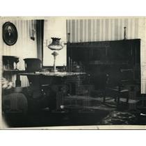 1920 Press Photo Room in Which Cox was Born Refurnished.