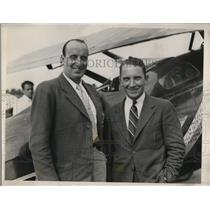 1935 Press Photo Michael Detroyat French stunt flyer and Mil Burcham holder of