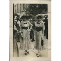 1918 Press Photo Ms. L. Liebert & Ms. M. Liebert, daughter of French Consul Gen.