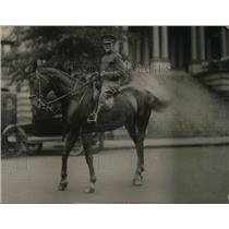 1921 Press Photo General Sawyer Takes First Horseback Ride In Over 35 Years