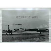 1969 Press Photo Airplanes landing & taking off at a airport
