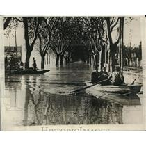 1929 Photo Residents Viale Angelico Use Boat to Navigate Tiber Flooding